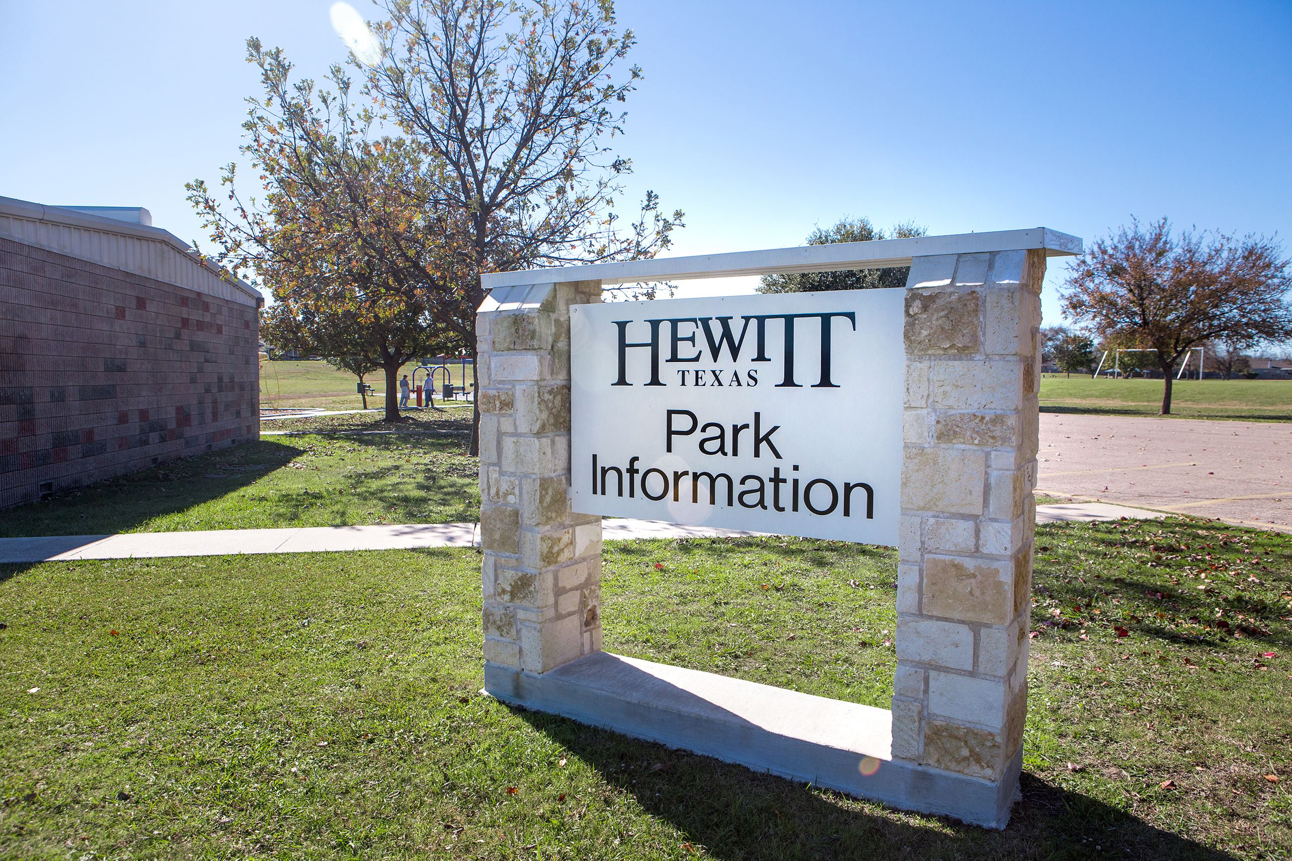 Hewitt Park Information Sign